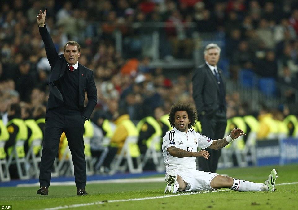 Кто опозорил свой клуб и расписался в профнепригодности, поднимите руки