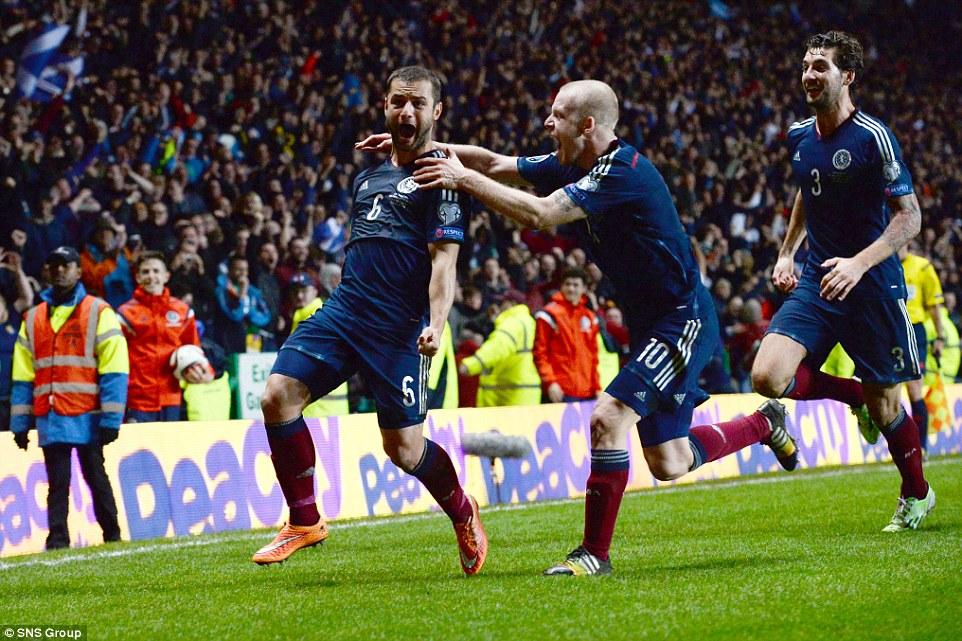 1416001523412_wps_41_14_11_14_UEFA_EURO_2016_Q
