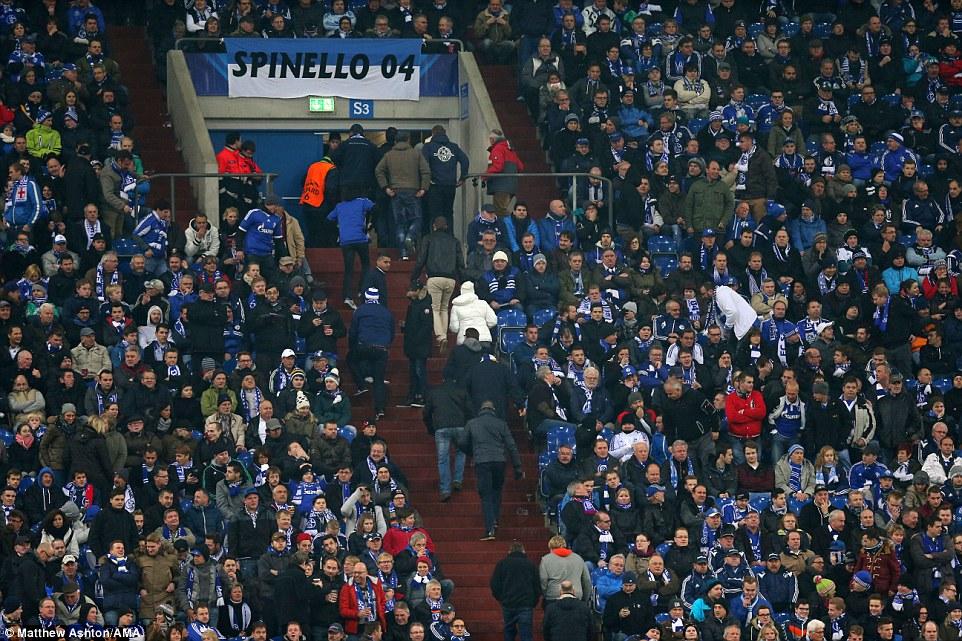 Немецким болельщикам явно не понравился матч