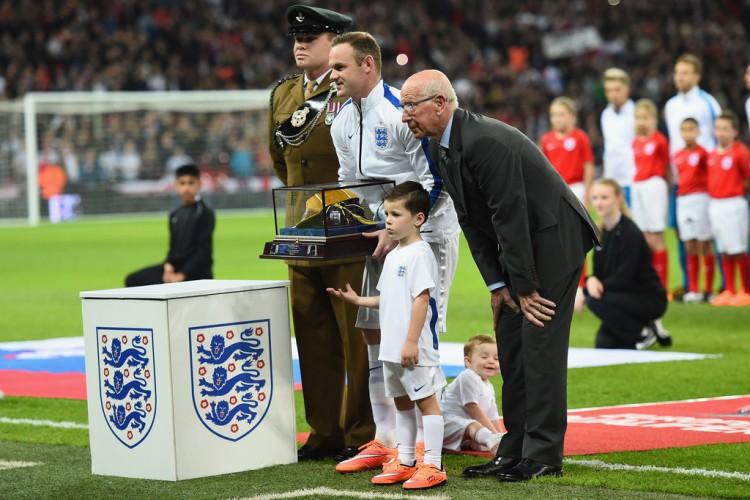 England+v+Slovenia+EURO+2016+Qualifier+eeYLNLOO635x