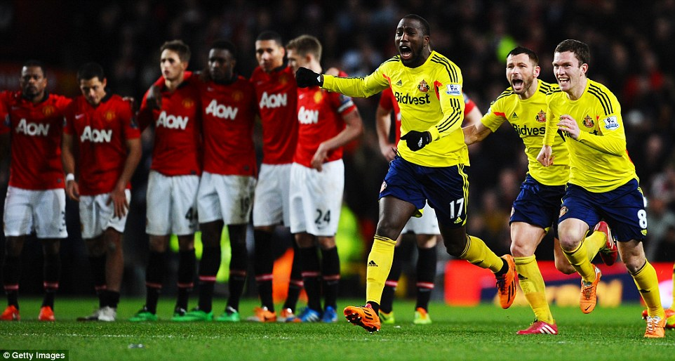 1AE3C9E800000578-2894399-Manchester_United_crashed_out_of_last_season_s_League_Cup_after_-a-50_1420214198372