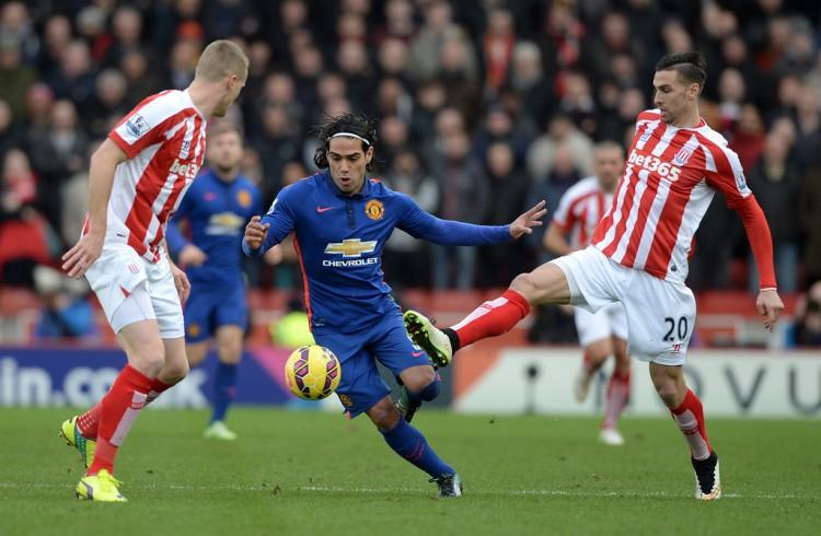 Radamel+Falcao+Stoke+City+v+Manchester+United+JyfEcdU8wwxx