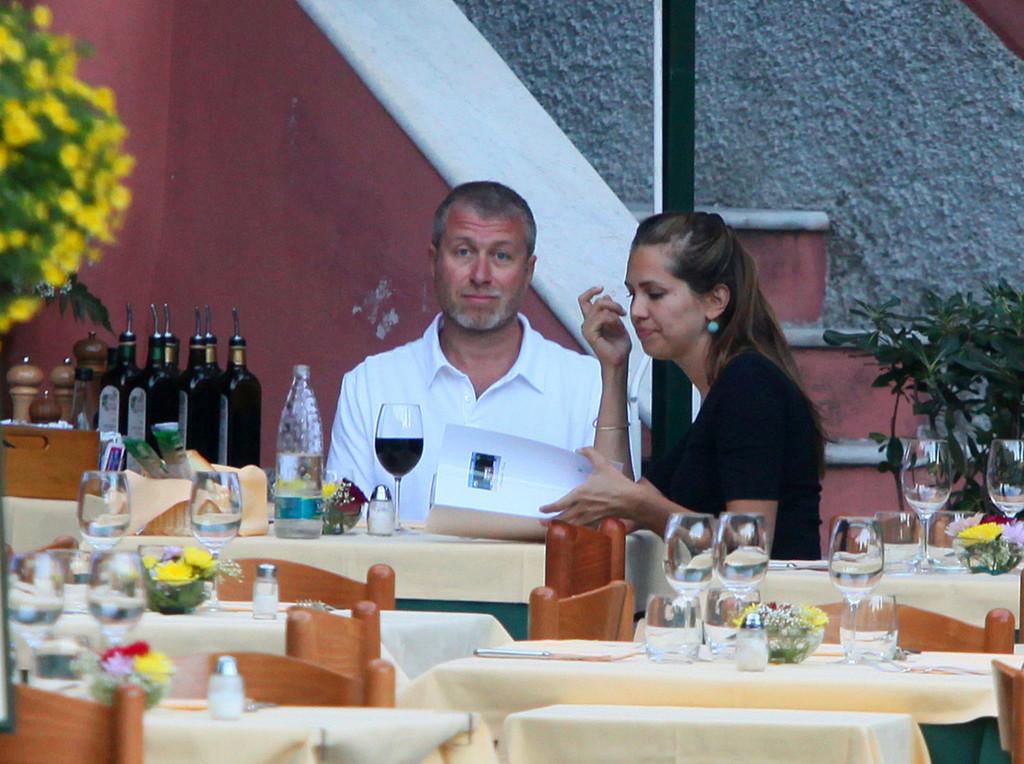 Roman+Abramovich+Roman+Abramovich+Daria+Zhukova+Z-dQadE_eghx