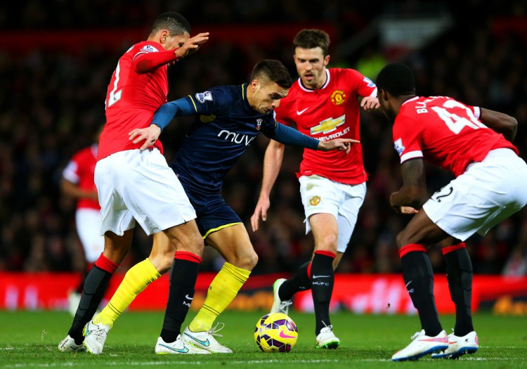Chris+Smalling+Manchester+United+v+Southampton+vU9y--AI3H7x