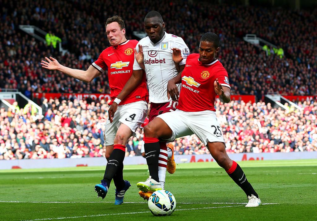 Phil+Jones+Manchester+United+v+Aston+Villa+GUq_x_CWn28x