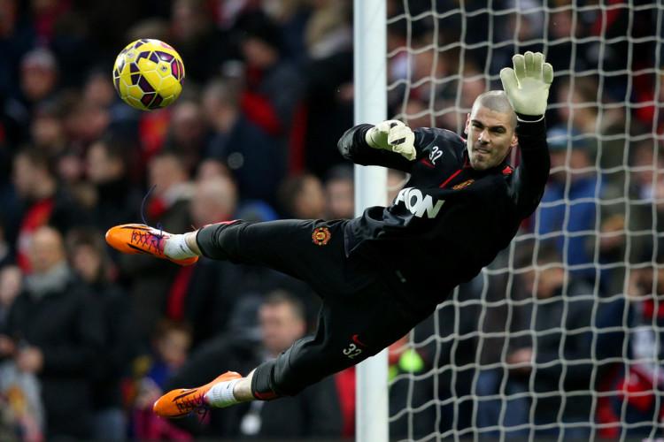 Victor+Valdes+Manchester+United+v+Southampton+VCP7NpH1yLFx