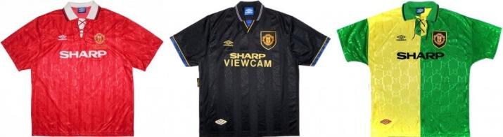По сравнению с прошлым сезоном, Юнайтед сменил синюю гостевую форму на черную. Именно в этой форме Эрик Кантона совершил свой знаменитый удар кунг-фу.