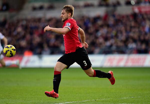 Luke+Shaw+Swansea+City+v+Manchester+United+S3WD8XcwKE5l