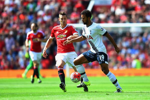 Morgan+Schneiderlin+Manchester+United+v+Tottenham+m9yDSyyIL8cl