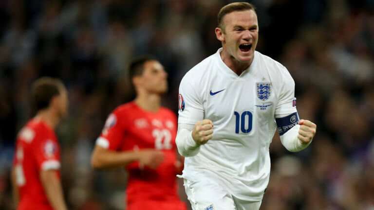 wayne-rooney-england-switzerland-european-qualifiers-goal-celeb_3348367