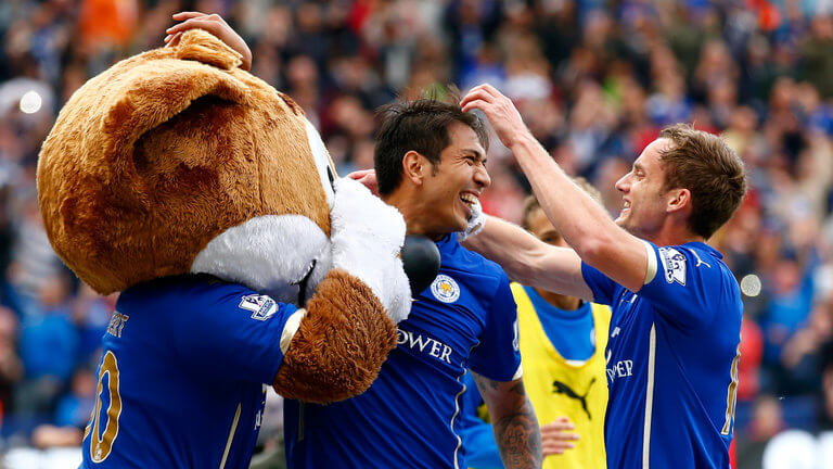 english-premier-football-leonardo-ulloa-leicester-andy-king_3207886