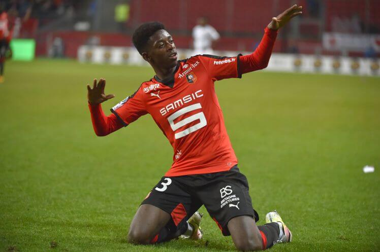 Rennes' French forward Ousmane Dembele celebrates after scoring during the French L1 football match Rennes vs Reims on April 2, 2016 at the Roazhon Park stadium in Rennes, western France. / AFP / LOIC VENANCE (Photo credit should read LOIC VENANCE/AFP/Getty Images)