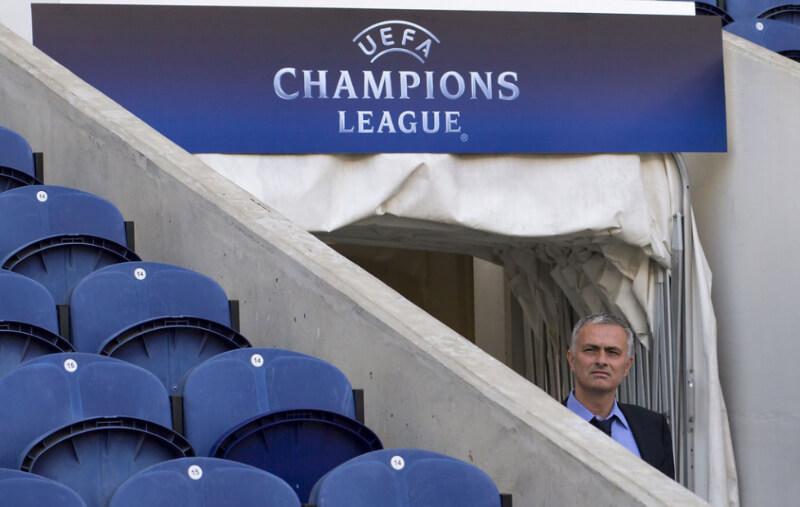 Jose Mourinho Photos - FC Porto v Chelsea FC - UEFA Champions League - Zimbio-29