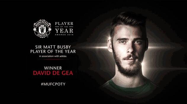 Manchester United (@ManUtd) | Твиттер-03