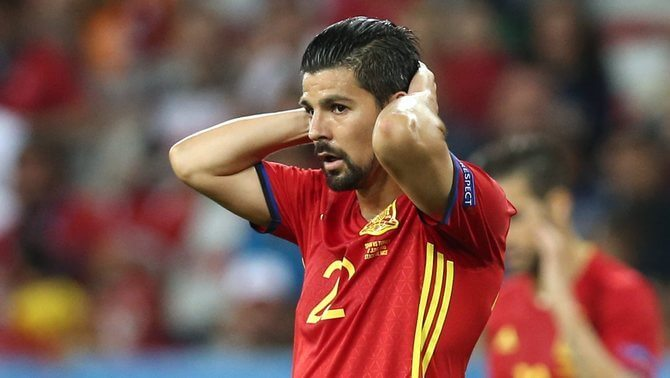 . Nice (France), 17/06/2016.- Nolito of Spain reacts during the UEFA EURO 2016 group D preliminary round match between Spain and Turkey at Stade de Nice in Nice, France, 17 June 2016. (RESTRICTIONS APPLY: For editorial news reporting purposes only. Not used for commercial or marketing purposes without prior written approval of UEFA. Images must appear as still images and must not emulate match action video footage. Photographs published in online publications (whether via the Internet or otherwise) shall have an interval of at least 20 seconds between the posting.) (España, Niza, Francia, Turquía) EFE/EPA/TOLGA BOZOGLU EDITORIAL USE ONLY