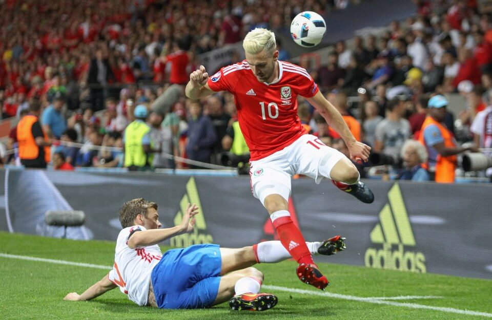 UK AND IRELAND RIGHTS ONLY Aleksandr Kokorin of Russia and Aaron Ramsey of Wales during the UEFA Euro 2016 Group B match between Russia and Wales at Stadium Municipal on June 20th 2016 in Toulouse, France. (Photo by CITYPRESS24/phcimages.com) STRICTLY NO SYNDICATION E: picturedesk@phcimages.com P: 07966018899