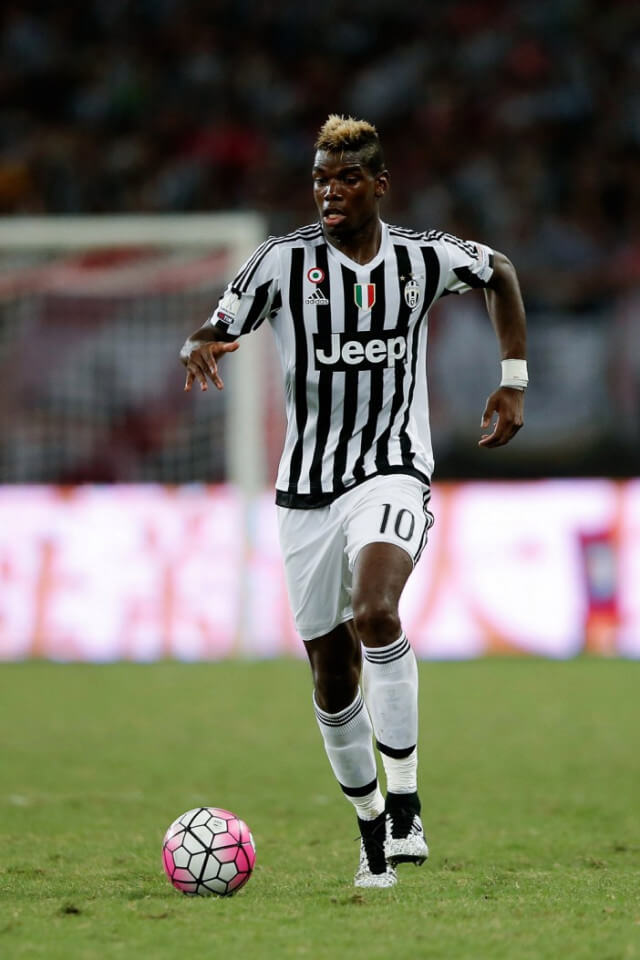 SHANGHAI, CHINA - AUGUST 08: Paul Labile Pogba of Juventus FC in action during the Italian Super Cup final football match between Juventus and Lazio at Shanghai Stadium on August 8, 2015 in Shanghai, China. (Photo by Lintao Zhang/Getty Images)