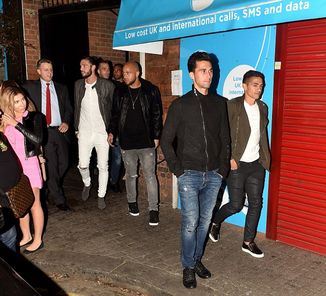27.09.16 - West Ham players went to Signor Sassi restaurant for a team bonding meal.