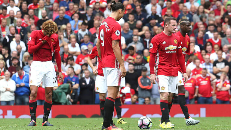 premier-league-football-dejected-kick-off-manchester-united-manchester-derby_3783266