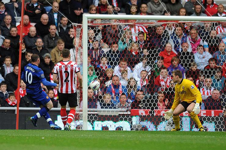 Гол в ворота «Сандерленда», но фанаты соперника кричат имя другого форварда из Манчестера.