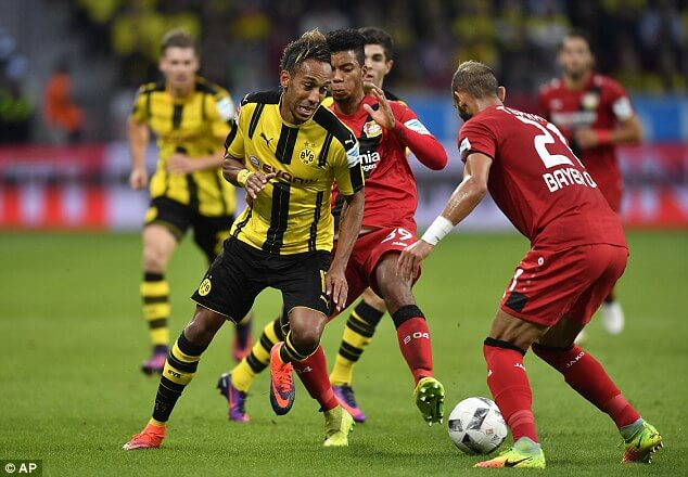 38ff30fd00000578-3821480-pierre_emerick_aubameyang_was_wanted_by_pep_guardiola_at_manches-a-20_1475593681967