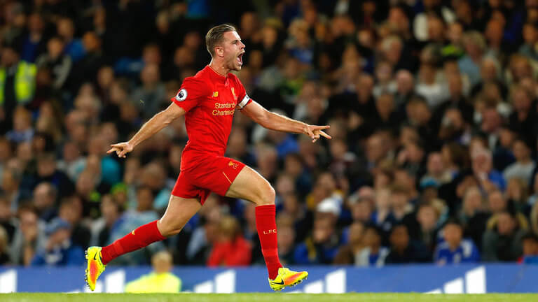 football-premier-league-jordan-henderson-celebrating-liverpool_3787792